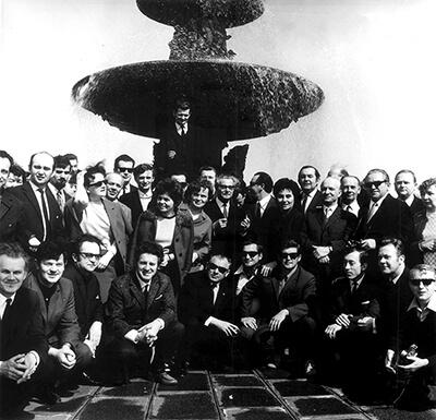Pod fontanną Jan Zegalski / archiwum NOSPR