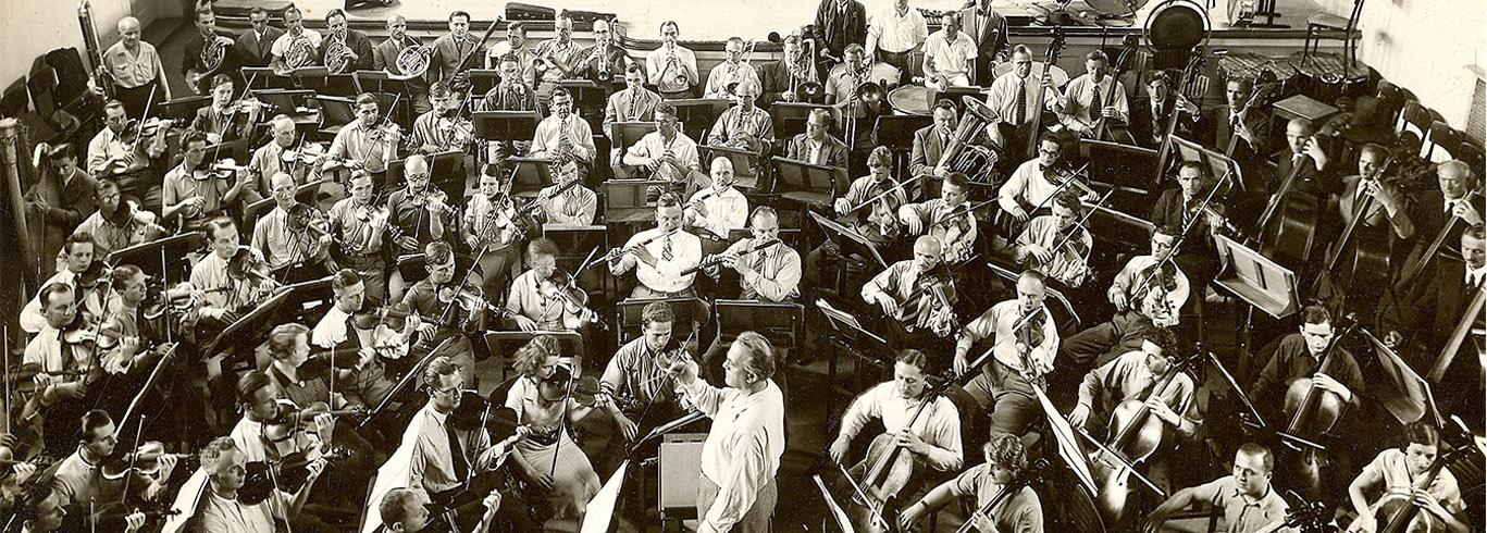 Warszawa, 1937 rok, próba w Warszawskim Konserwatorium przed pierwszym wyjazdem zagranicznym do Paryża z okazji Światowej Wystawy Sztuki i Techniki