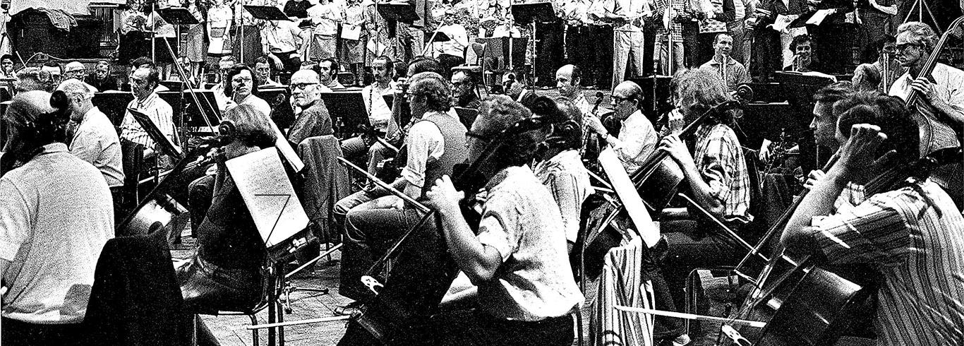 Katowice, sierpień 1976 rok, pierwsza na świecie płytowa rejestracja oryginalnej wersji 'Borysa Godunowa' Musorgskiego. Nagranie dla wytwórni EMI poprowadził Jerzy Semkow. Na estradzie w Radiowym Domu Muzyki im. Grzegorza Fitelberga w Katowicach Chór PRiTV w Krakowie i wykonawca partii Grigorija/Dymitra – Nicolai Gedda.