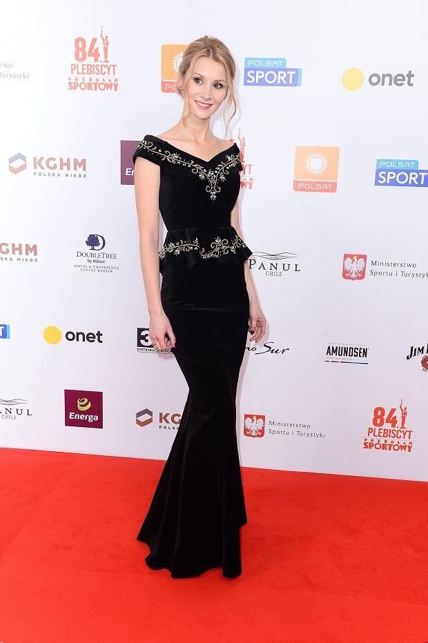 Lewandowska w odważnej sukni na Gali Mistrzów Sportu. Za to żona Stocha zachwyciła klasą