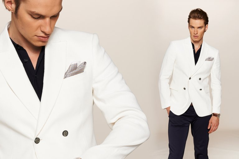7735d4e4ce2a9 Moda męska: biała klasyka na koniec lata [SESJA]