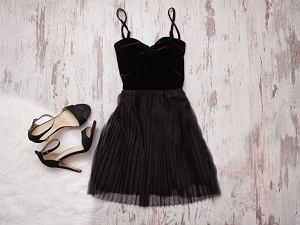 9cf47667a1 Sukienki na Sylwestra - z długim czy krótkim rękawem  Gdzie znaleźć modele  dla puszystych