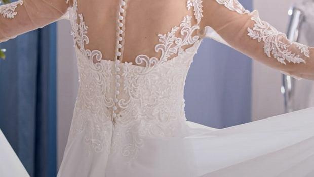 Mikołaj z 'Rolnik szuka żony' wybiera z narzeczoną suknię ślubną
