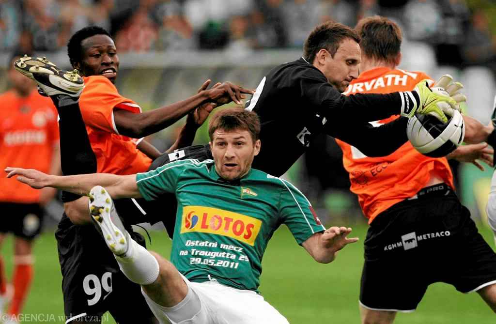29 maja 2011 roku - ostatni mecz Lechii Gdańsk na stadionie przy Traugutta. Na zdjęciu Aleksandr Sazankow