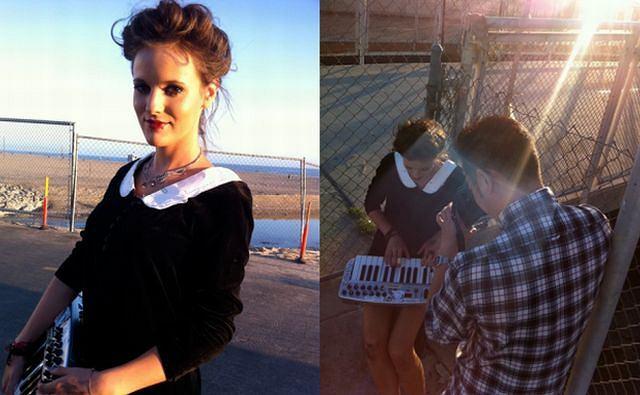 Tola Szlagowska po skończeniu szkoły muzycznej w Los Angeles, intensywnie wzięła się do pracy nad materiałem demo. Młoda piosenkarka komponuje i pisze piosenki, a nawet sama produkuje je w studiu nagraniowym! Fani za sprawą kanału Toli na YouTube.com są na bieżąco informowani o jej nowych poczynaniach. Do każdej piosenki opublikowanej na kanale będzie dodawane minimalistyczne wideo.
