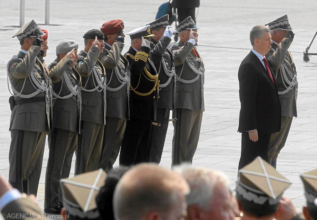 Minister Tomasz Siemoniak na Pl. Piłsudskiego