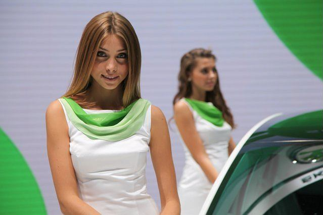 Hostessy z salonu we Frankfurcie | 1. Skoda