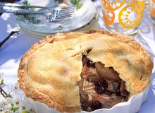 Ciasto z brzoskwiniami i jagodami - ugotuj