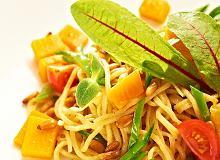 Spaghetti z dynią i orzeszkami sosnowymi - ugotuj