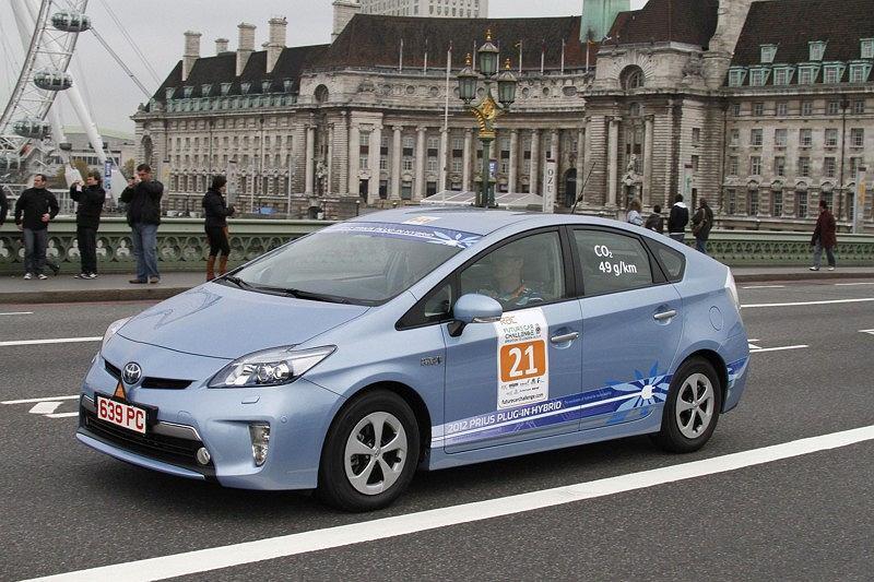 Toyota Prius Plug In podczas rajdu RAC Future Car Challenge