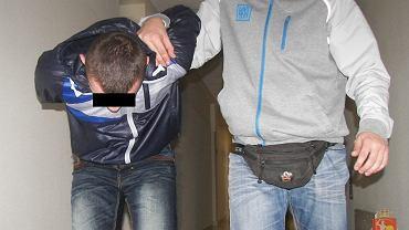 18-latek przyznał się do podpalenia kamienicy na Marcinkowskiego