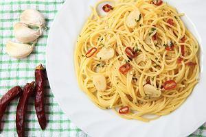 Włosko-greckie menu dnia - z najprostszym makaronem