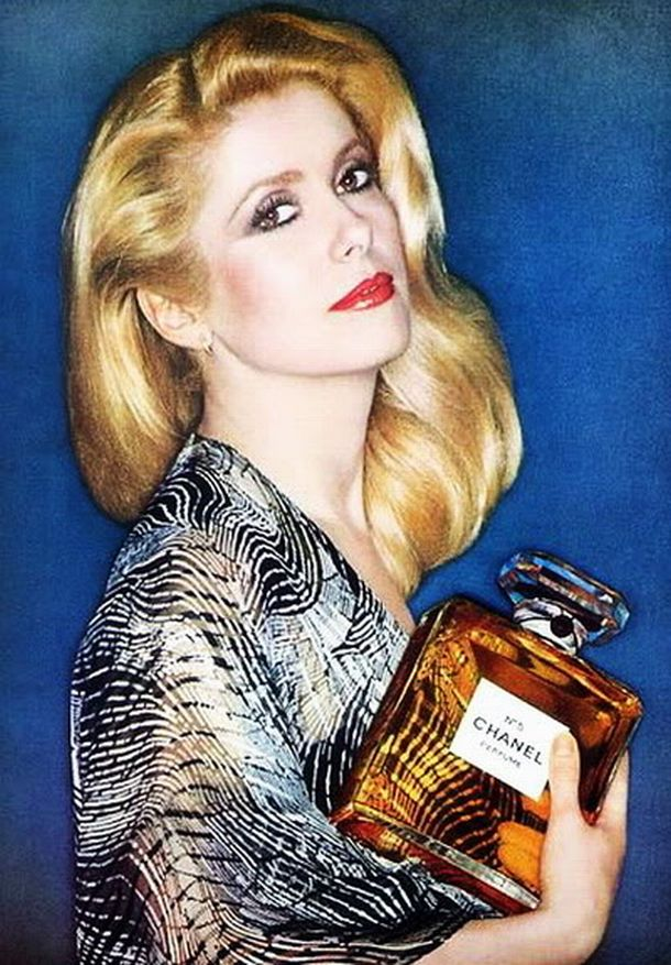 Catherine Deneuve, chanel