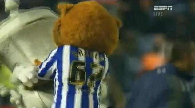 Puchar Anglii, walka Barney/Buddy