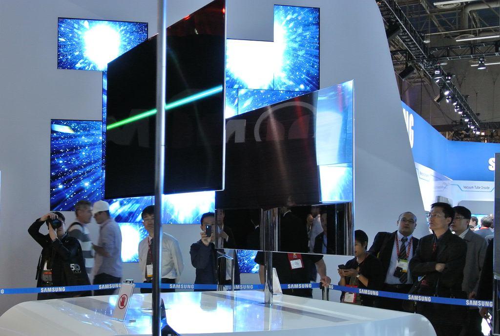 Prezentacja ekranów OLED Samsunga na targach CES 2012