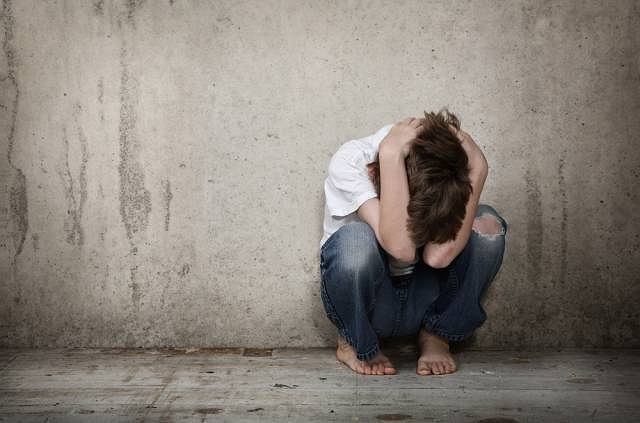 Dzieci dotknięte chorobą sierocą odczuwają wysoki poziom lęku i brak poczucia bezpieczeństwa