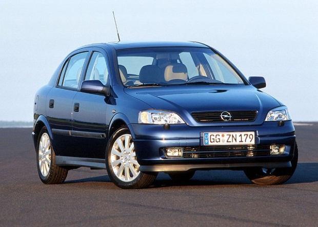 Opel Astra II (1997-2003) - opinie Moto.pl