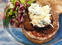 Hamburger z indykiem i sałatką coleslaw - ugotuj
