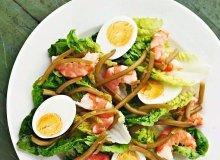 Sałatka z jajkami i krewetkami - ugotuj