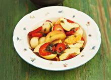 Sałatka owocowa z miętowo-bazyliowym pesto - ugotuj