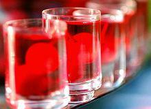 Wiśnie w alkoholu - ugotuj
