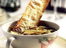 Zupa cebulowa francuska - ugotuj