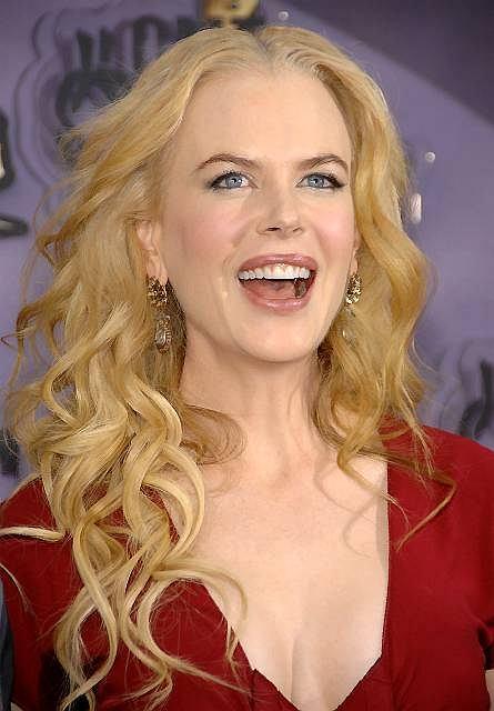 Tuż przed nią uplasowała się Nicole Kidman w tym roku poleciała o dwa oczka w dół. Dostaje obecnie od 10 do 15 milionów dolarów za rolę.