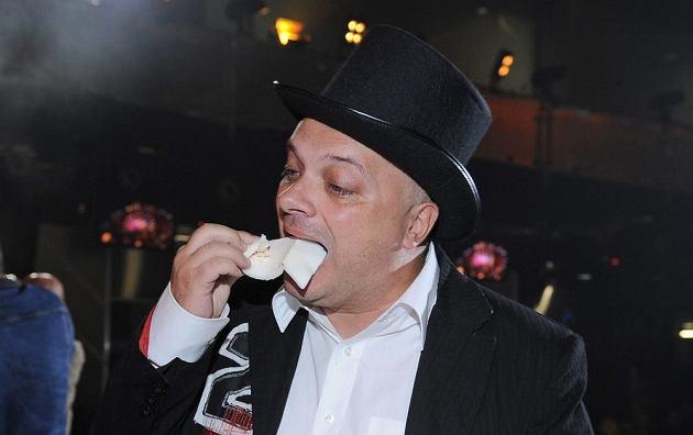 Krzysztof Skiba lubi sobie dobrze zjeść.