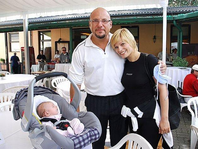 Piotr G?sowski, c?rka dziecko Julia, Anna G?ogowska