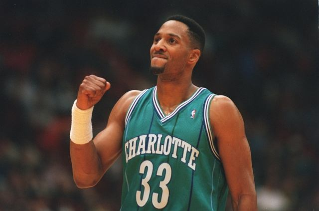 Alonzo Mourning w Charlotte Hornets