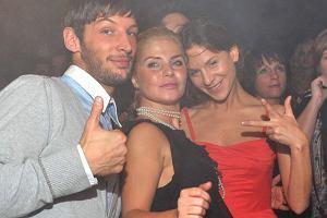 W sobotę w warszawskim klubie Capitol odbyła się impreza, podczas której wystąpiła Ramona Rey. Oprócz laureatów konkursu Plotka w klubie licznie zjawiły się także gwiazdy. Zobacz, kto wpadł na imprezę i jak się na niej bawił.