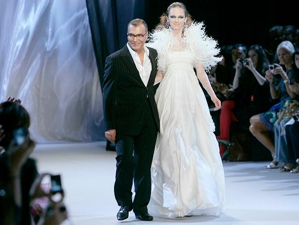 Pokaz kolekcji haute couture Georgesa Chakry
