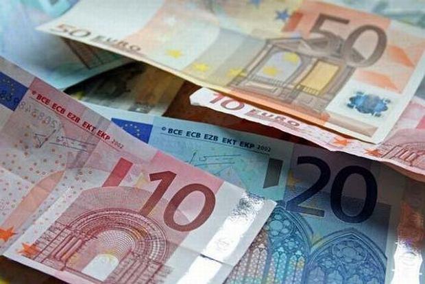 Co robi wójt, kiedy nie chce dostać pieniędzy z UE