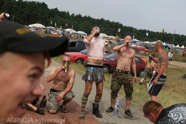 Ruszył 15, Przystanek Woodstock. Do Kostrzyna n.Odrą zjechała się młodzież (i nie tylko) z całej Polski. Pogoda dobra, więc i zabawa przednia. Rock and roll!