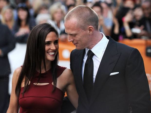 Actress Jennifer Connelly and her husband actor Paul Bettany attend the opening night gala screening of 'Creation' at Roy Thomson Hall during the Toronto International Film Festival on Thursday, Sept. 10, 2009 in Toronto. (AP Photo/Evan Agostini)