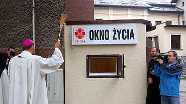 """fot. Diecezja Sosnowiecka - W Sosnowcu powstało pierwsze """"okno życia"""""""