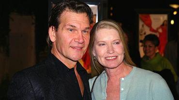"""Wszyscy pamiętają Patricka jako wspaniałego tancerza z filmu """"Dirty Dancing"""". Aktor zmarł 14 września po długiej i wyniszczającej walce z nowotworem. Do końca próbował walczyć."""