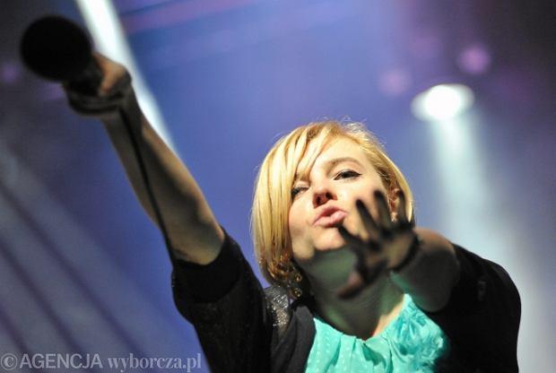 Ania Dąbrowska w czasie koncertu w Rzeszowie.