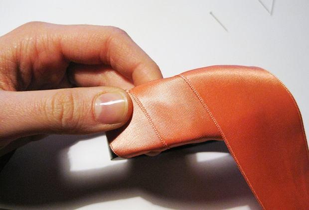 DIY - bransoleta fot. WRK