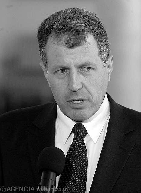Władysław Stasiak (1966 - 2010) był szefem Kancelarii Prezydenta RP. Wcześniej szef Biura Bezpieczeństwa Narodowego, a także minister spraw wewnętrznych w rządzie Jarosława Kaczyńskiego