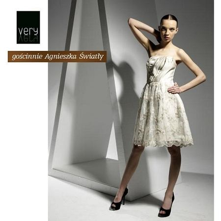 Projekt: Agnieszka Światły, fotograf: Michał Paz, modelki: gaga models, makijaż/fryzury: Lena