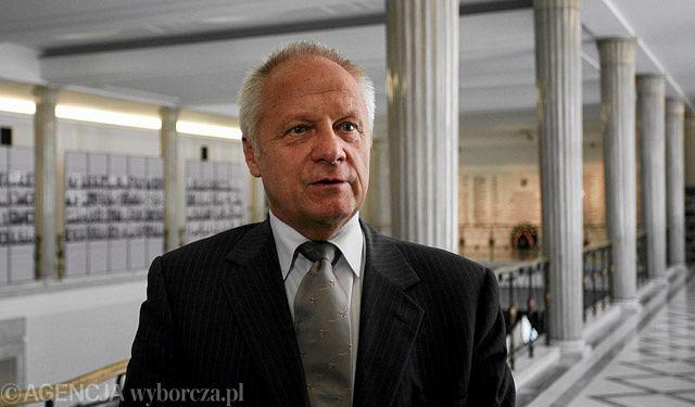 Według Niesiołowskiego referendum jest dozwolone, ale niegodziwe