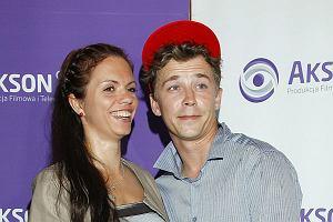 Bartosz Obuchowicz pojawił się z żoną Katarzyną Obuchowicz na bankiecie z okazji zakończenia zdjęć to serialu Czas Honoru.