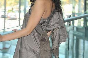 Ramona Rey lubi zaskakiwać swoimi strojami. Wielokrotnie udowadniała, że ma swój styl i nie zawaha się go użyć.