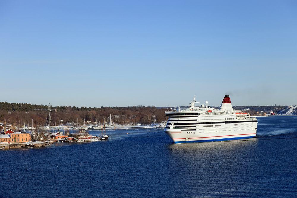 Prom u wybrzeży Szwecji