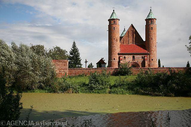 XVI-wieczny kościół św. Rocha w Brochowie / Fot. Michał Mutor / Agencja Gazeta