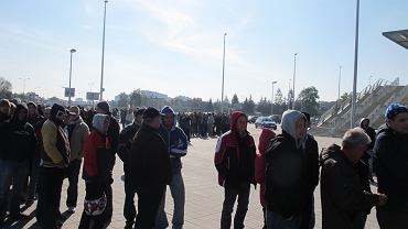 Kolejka po karnety na mecze ligowe Lecha