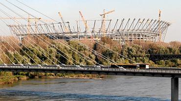 Widok na Stadion Narodowy z lewego brzegu Wisły