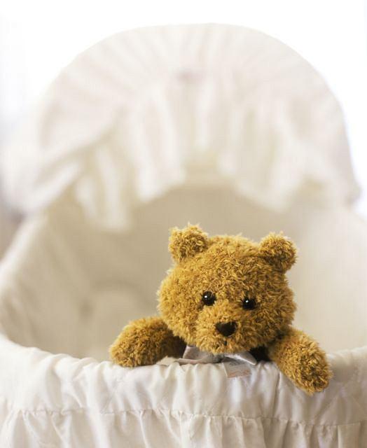 Niepłodność często jest utożsamiana z bezpłodnością. Tymczasem fakt, że aktualnie nie możesz zajść w ciążę (niepłodność) jeszcze nie przekreśla szans na macierzyństwo, jak to jest w przypadku bezpłodności