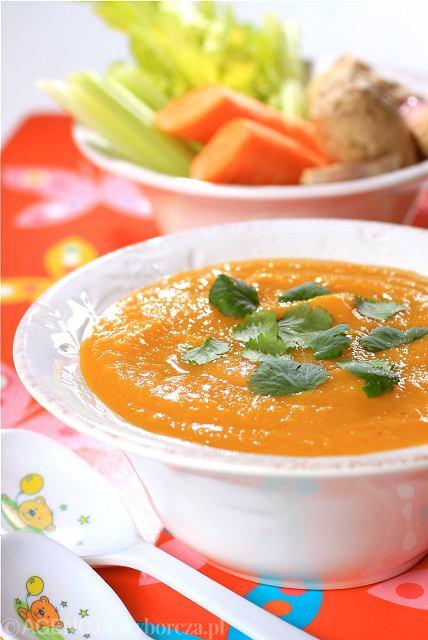 Zupa ze słodkich ziemniaków i marchewki